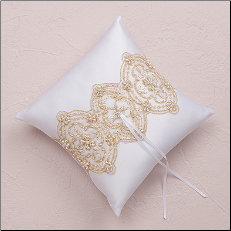 Beverly Clark The Luxe Collection Wedding Ring Pillow