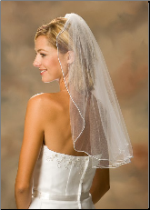 Rattail Edge Veil shoulder length