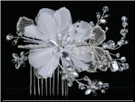 Hair wedding comb wth crystals