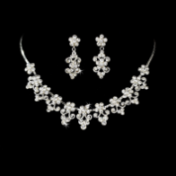 Exquisite Swarovski Crystal Choker Jewelry Set