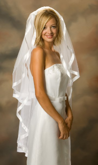 "7/8"" Knee Length Ribbon Edge Bridal Veil"