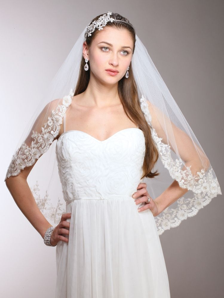 1 Layer Ivory Mantilla Bridal Veil With Crystals Beads